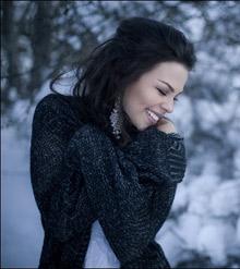 улыбающаяся девушка